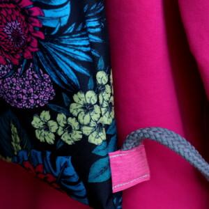Worek w niebiesko różowe kwiaty