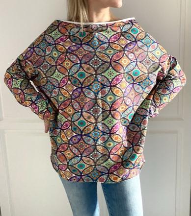 Oversizowa bluza w mandale